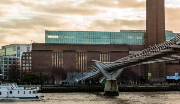 An Art lover's trip on the Thames